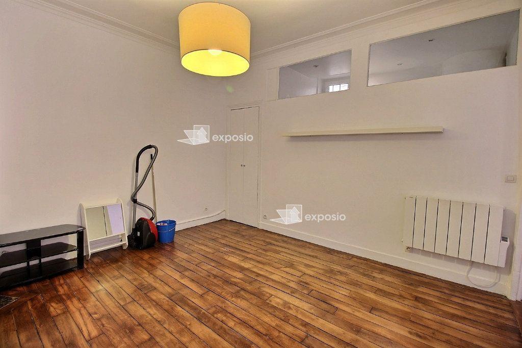Appartement à louer 2 40.71m2 à Paris 17 vignette-6