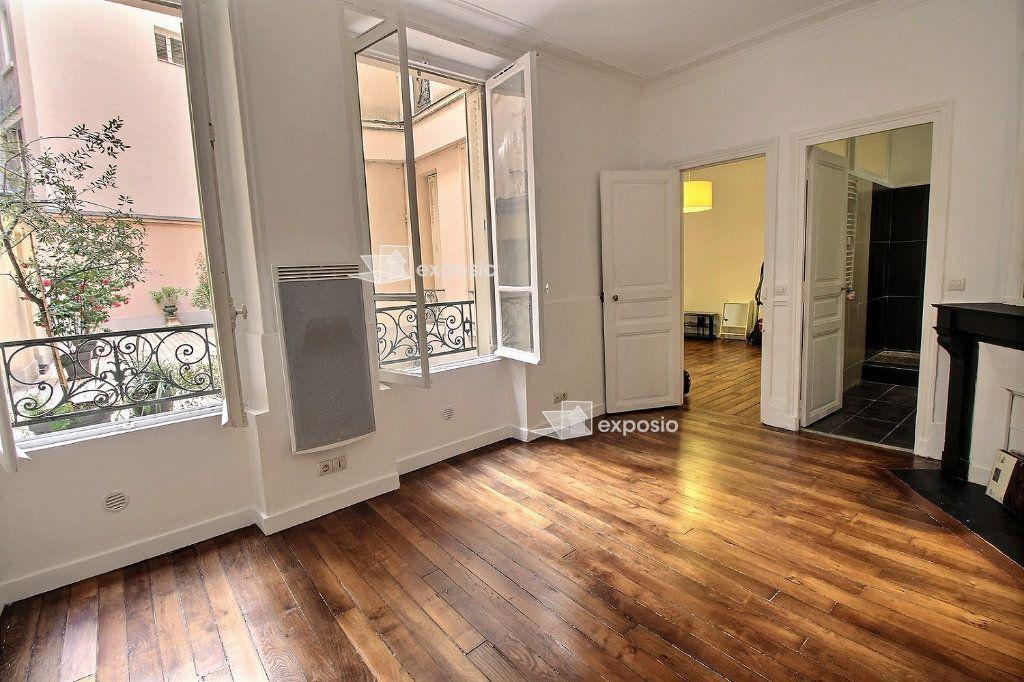 Appartement à louer 2 40.71m2 à Paris 17 vignette-9