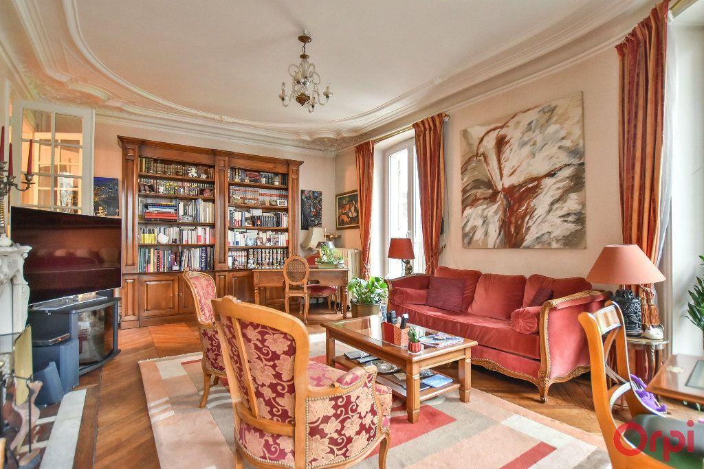 Appartement à vendre 5 103.78m2 à Paris 17 vignette-5