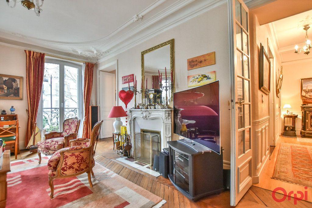 Appartement à vendre 5 103.78m2 à Paris 17 vignette-6