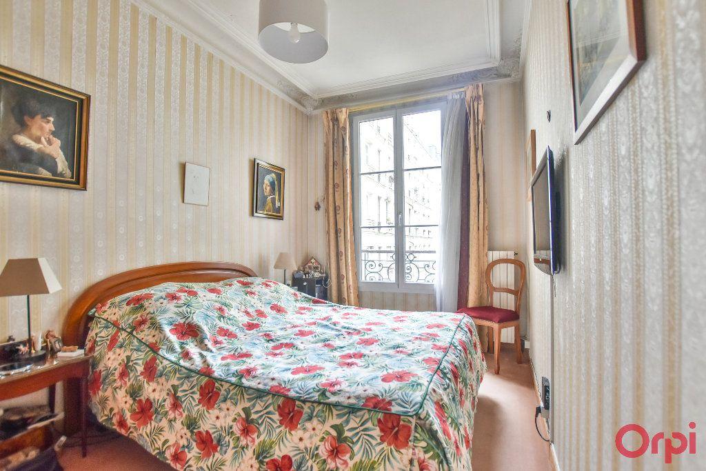 Appartement à vendre 5 103.78m2 à Paris 17 vignette-10