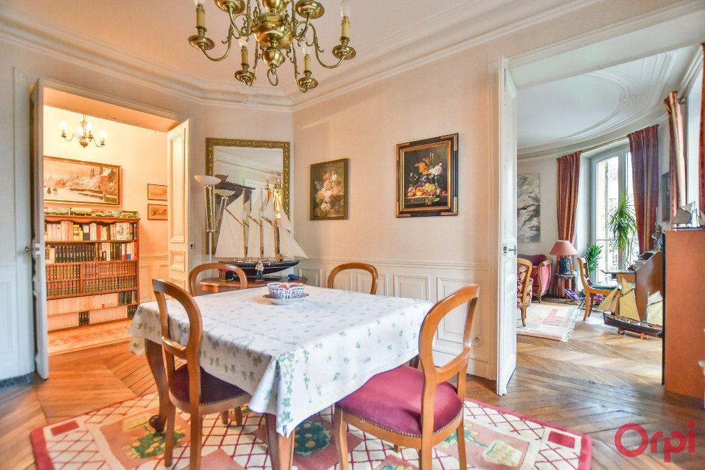 Appartement à vendre 5 103.78m2 à Paris 17 vignette-12