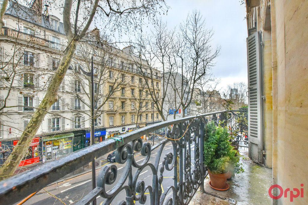 Appartement à vendre 5 103.78m2 à Paris 17 vignette-16