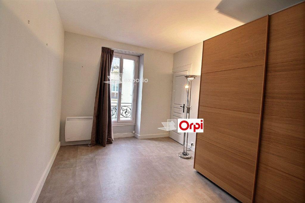 Appartement à louer 2 36.14m2 à Paris 17 vignette-2