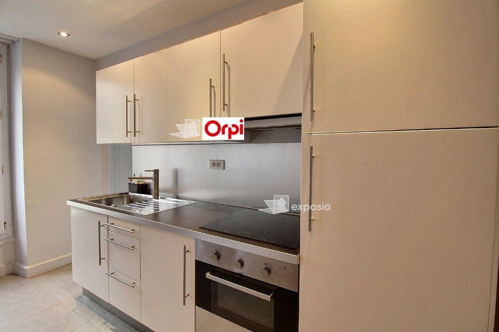 Appartement à louer 2 36.14m2 à Paris 17 vignette-5