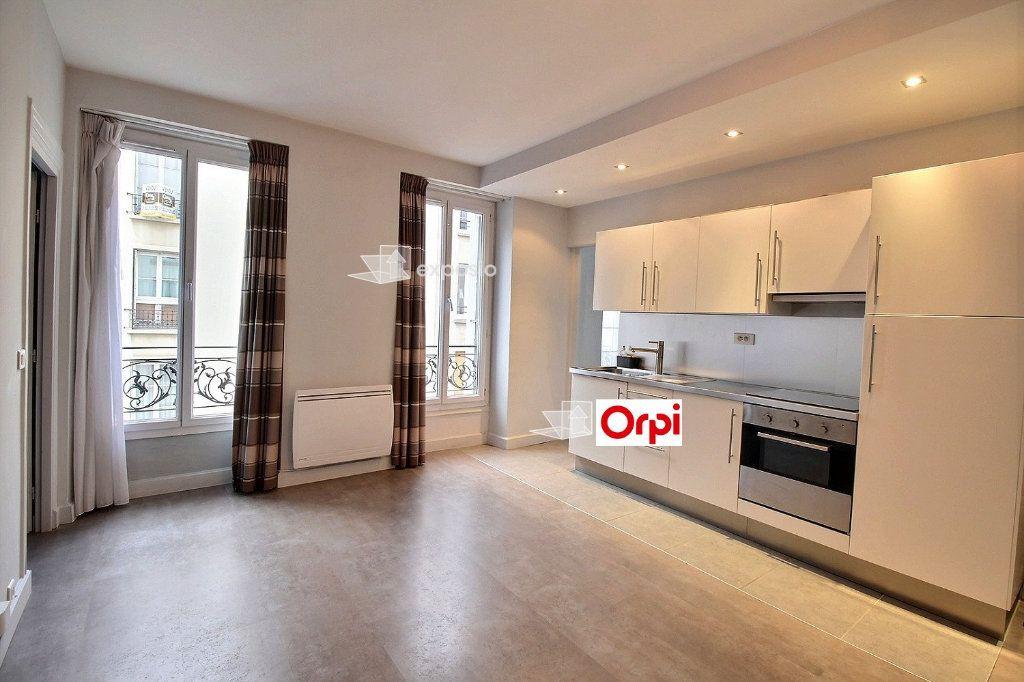 Appartement à louer 2 36.14m2 à Paris 17 vignette-6