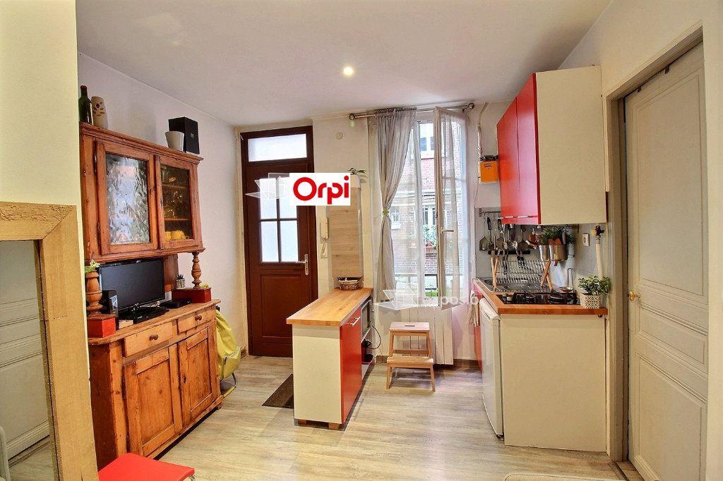 Appartement à louer 2 26m2 à Clichy vignette-2