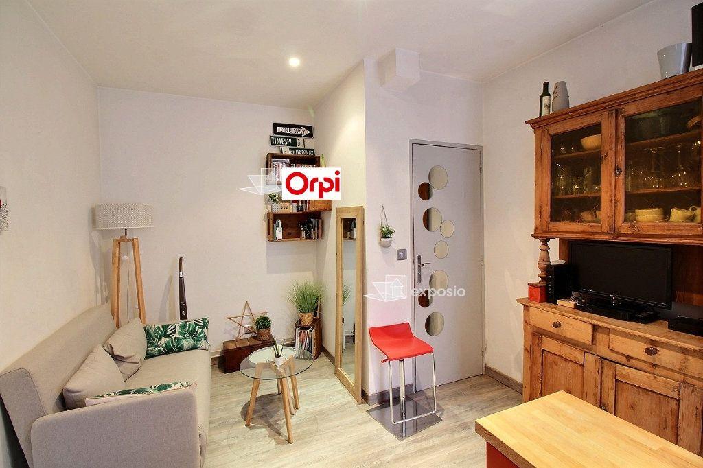 Appartement à louer 2 26m2 à Clichy vignette-3