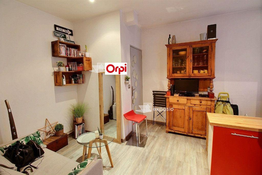Appartement à louer 2 26m2 à Clichy vignette-8
