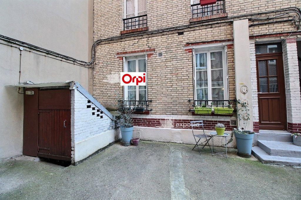 Appartement à louer 2 26m2 à Clichy vignette-12