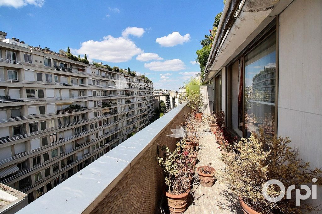 Appartement à vendre 4 128m2 à Paris 16 vignette-1