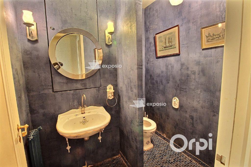 Appartement à vendre 4 128m2 à Paris 16 vignette-9