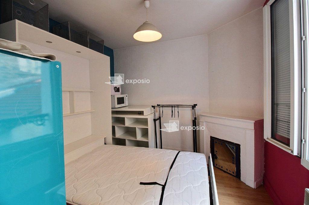 Appartement à vendre 2 21.06m2 à Paris 17 vignette-2
