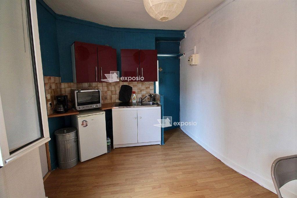 Appartement à vendre 2 21.06m2 à Paris 17 vignette-3