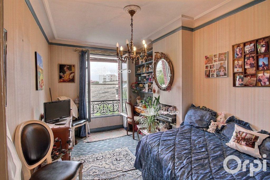 Appartement à vendre 2 35m2 à Paris 17 vignette-1