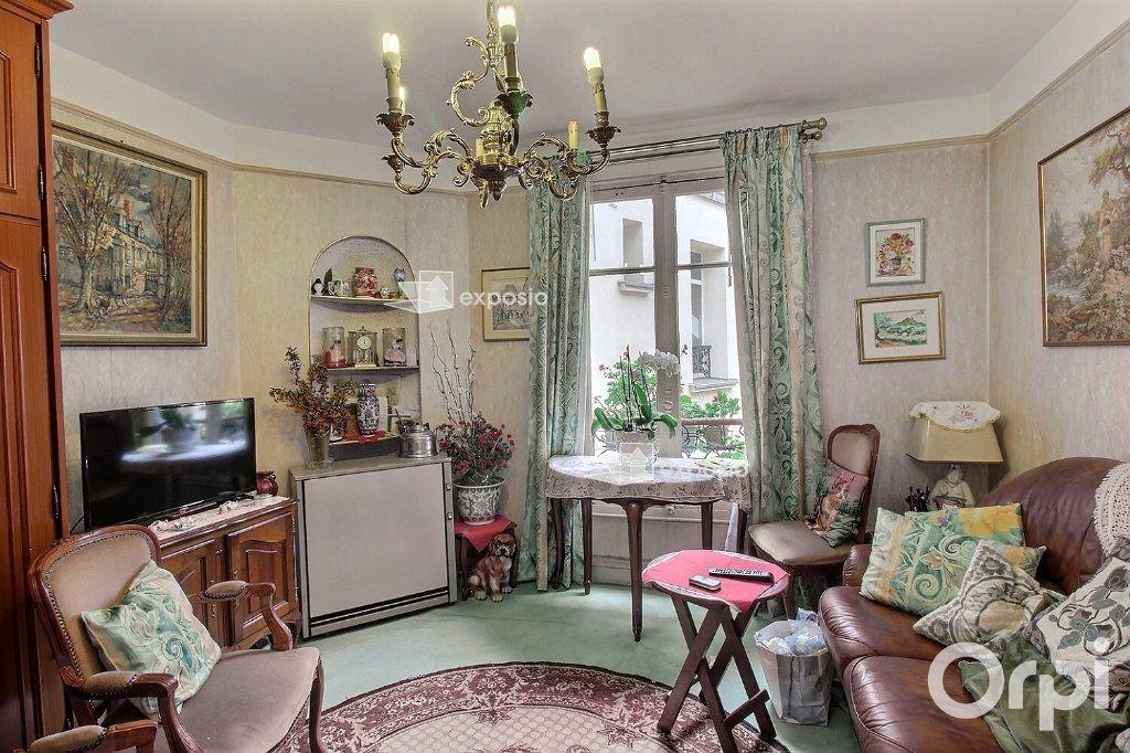 Appartement à vendre 2 35m2 à Paris 17 vignette-2