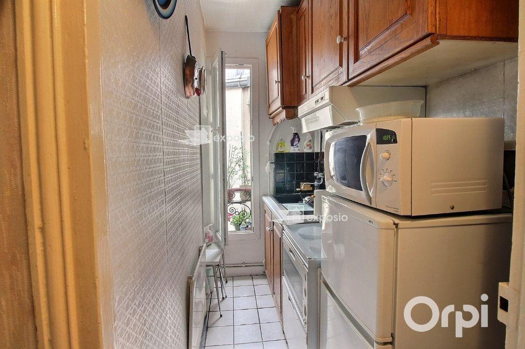 Appartement à vendre 2 35m2 à Paris 17 vignette-3