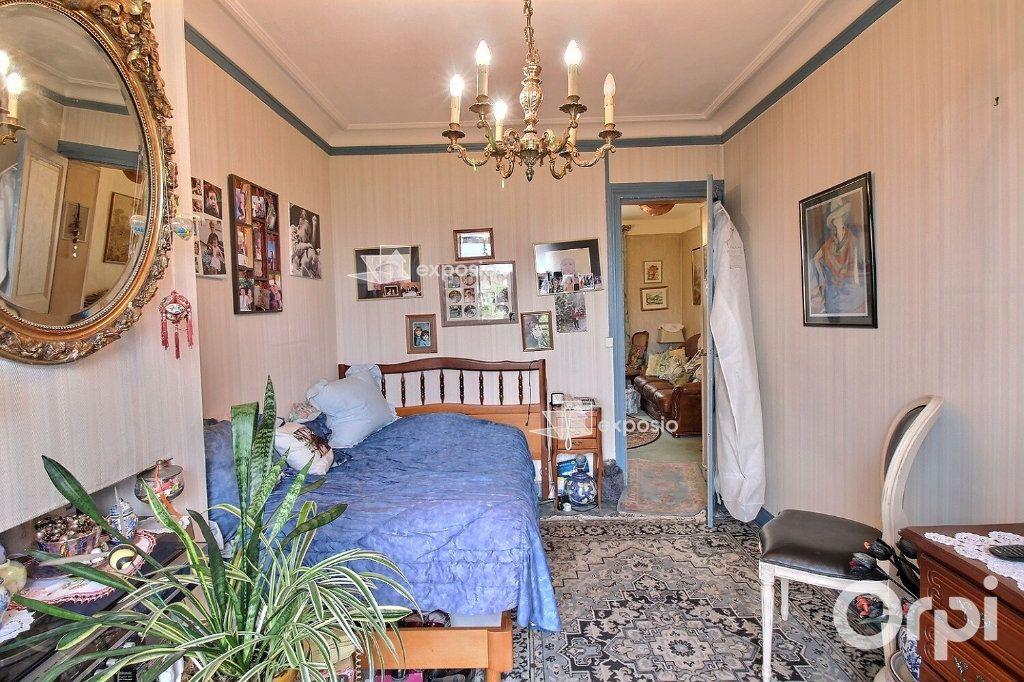 Appartement à vendre 2 35m2 à Paris 17 vignette-4