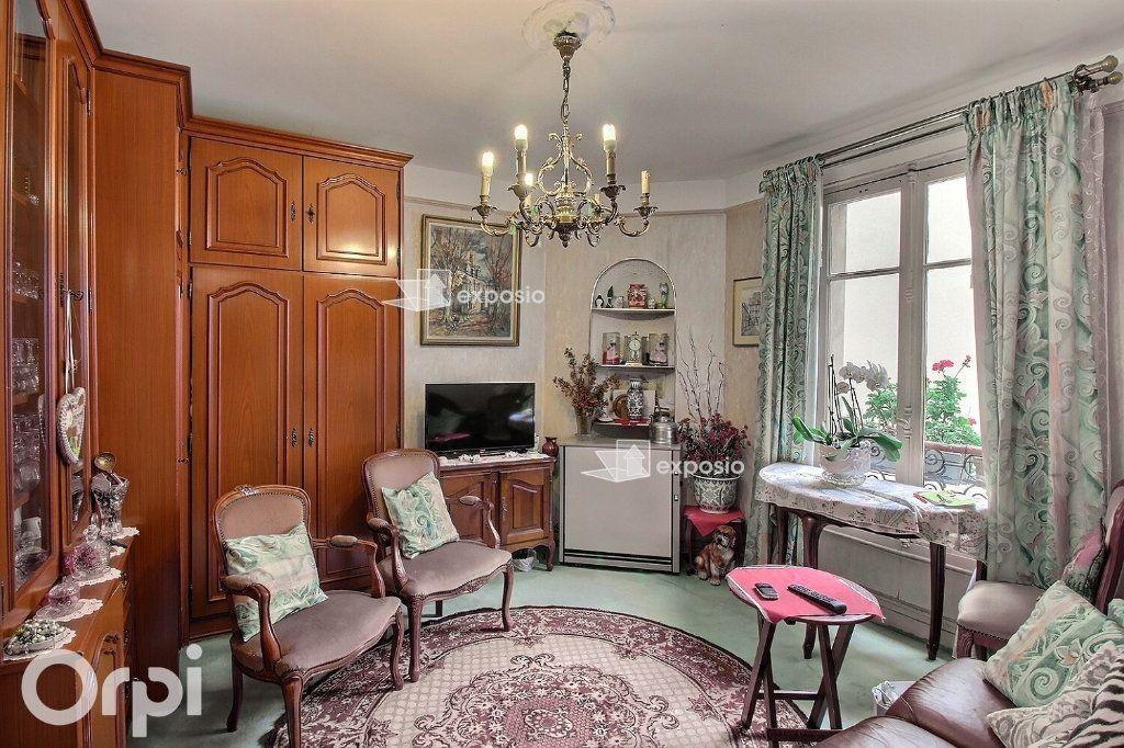 Appartement à vendre 2 35m2 à Paris 17 vignette-5