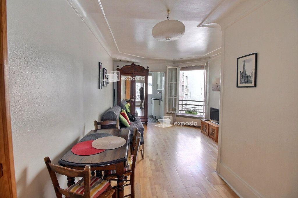 Appartement à louer 2 37m2 à Paris 17 vignette-2