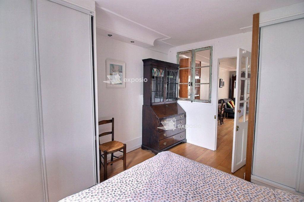 Appartement à louer 2 37m2 à Paris 17 vignette-4