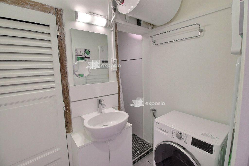 Appartement à louer 2 37m2 à Paris 17 vignette-5