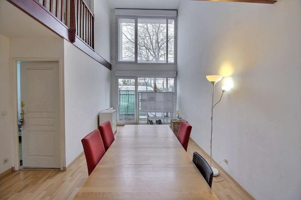 Appartement à vendre 5 100m2 à Gennevilliers vignette-1