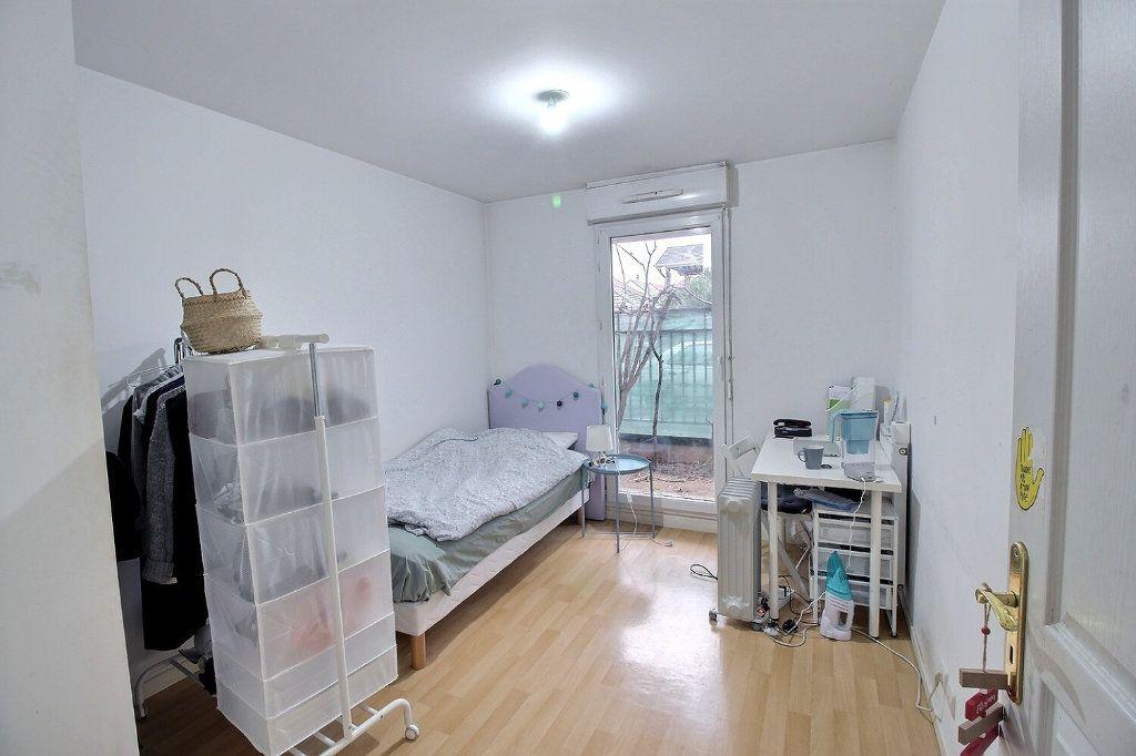 Appartement à vendre 5 100m2 à Gennevilliers vignette-4