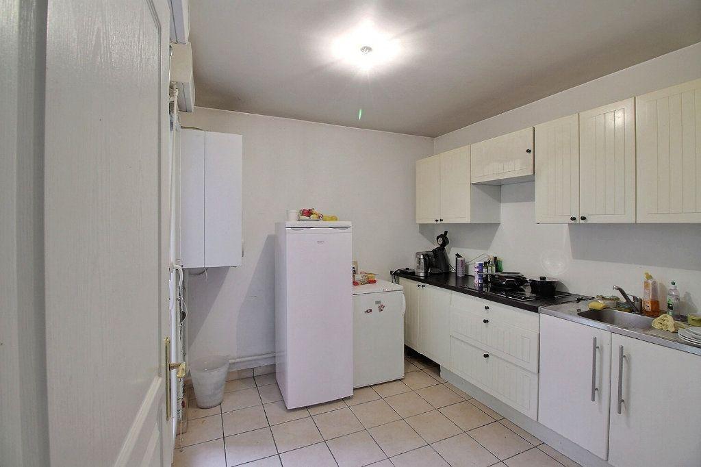 Appartement à vendre 5 100m2 à Gennevilliers vignette-6