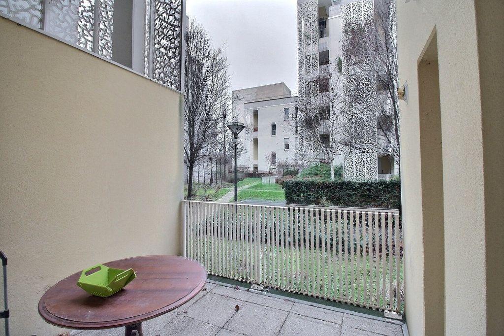 Appartement à vendre 5 100m2 à Gennevilliers vignette-11