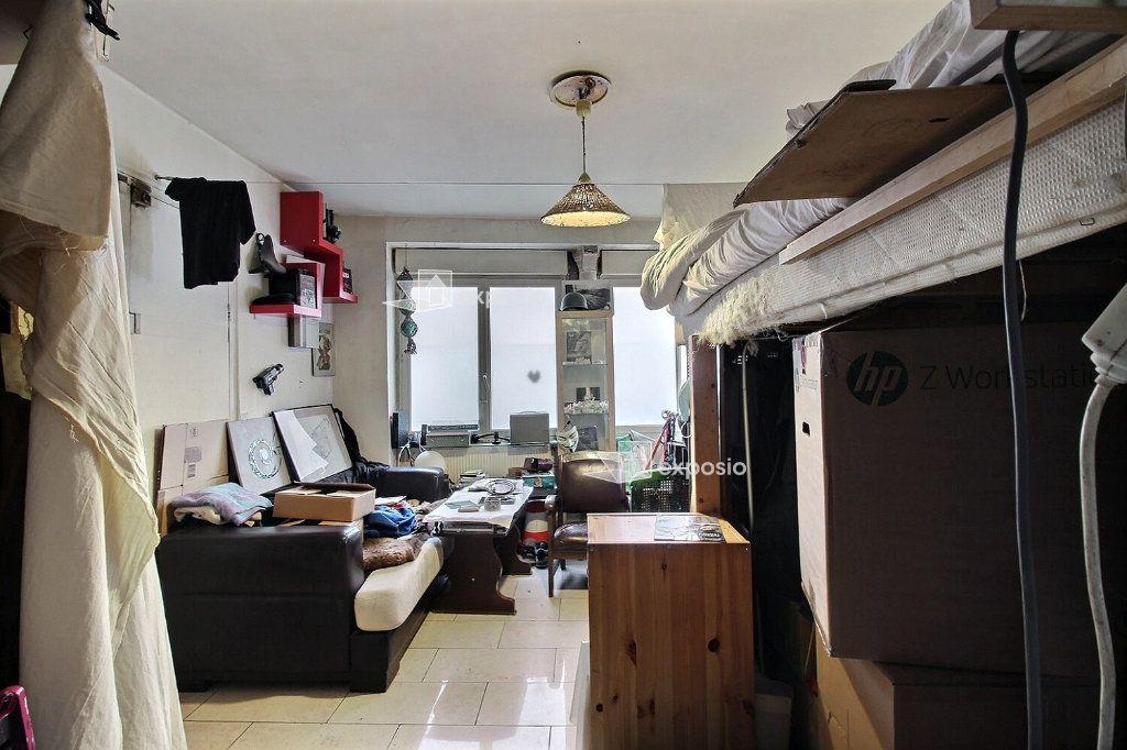 Appartement à vendre 3 57m2 à Paris 17 vignette-1