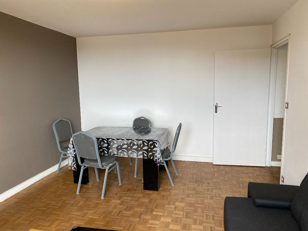 Appartement à louer 2 45.82m2 à Clichy vignette-4