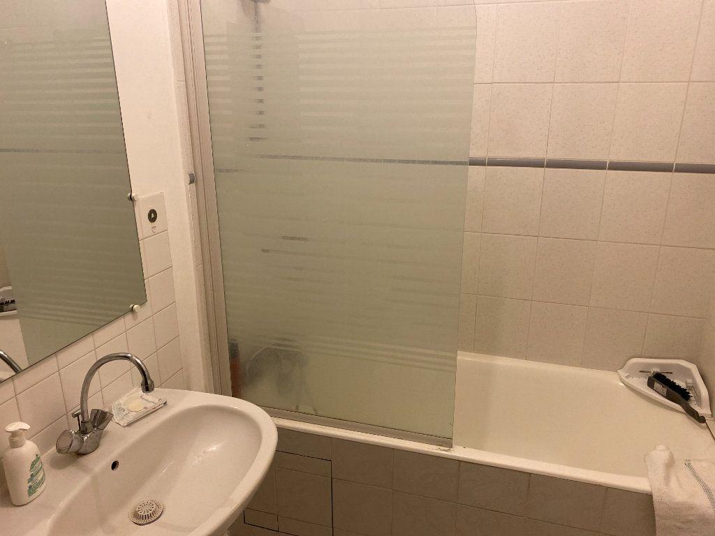 Appartement à louer 2 45.82m2 à Clichy vignette-9