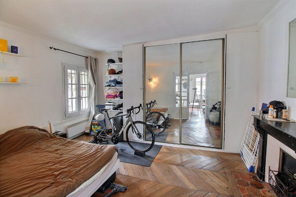 Appartement à vendre 2 39.29m2 à Paris 9 vignette-4