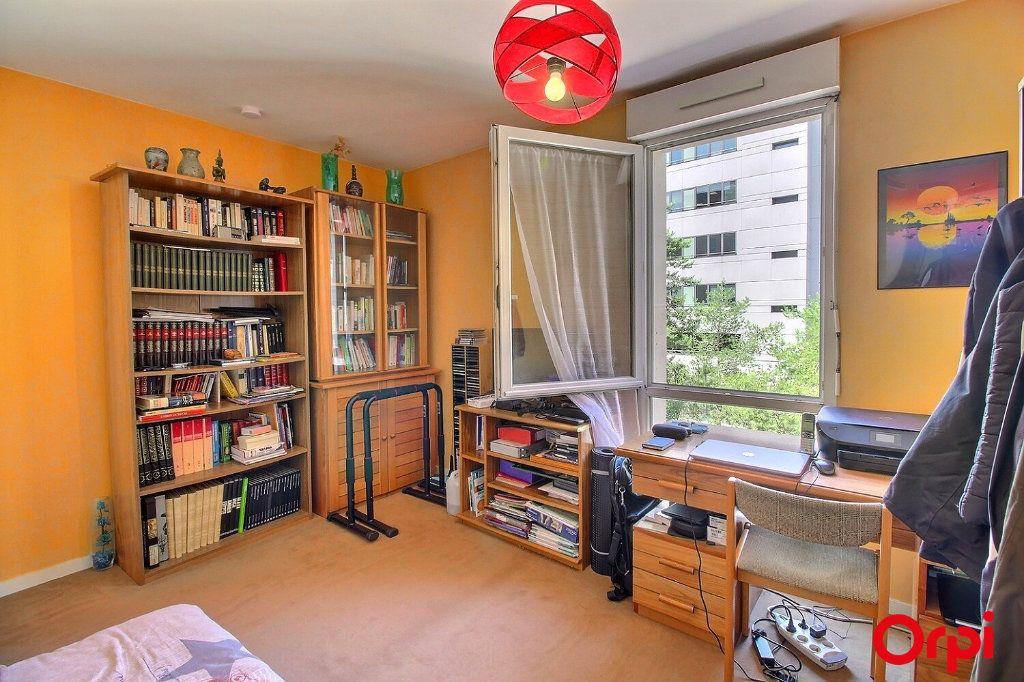 Appartement à vendre 4 86m2 à Clichy vignette-3