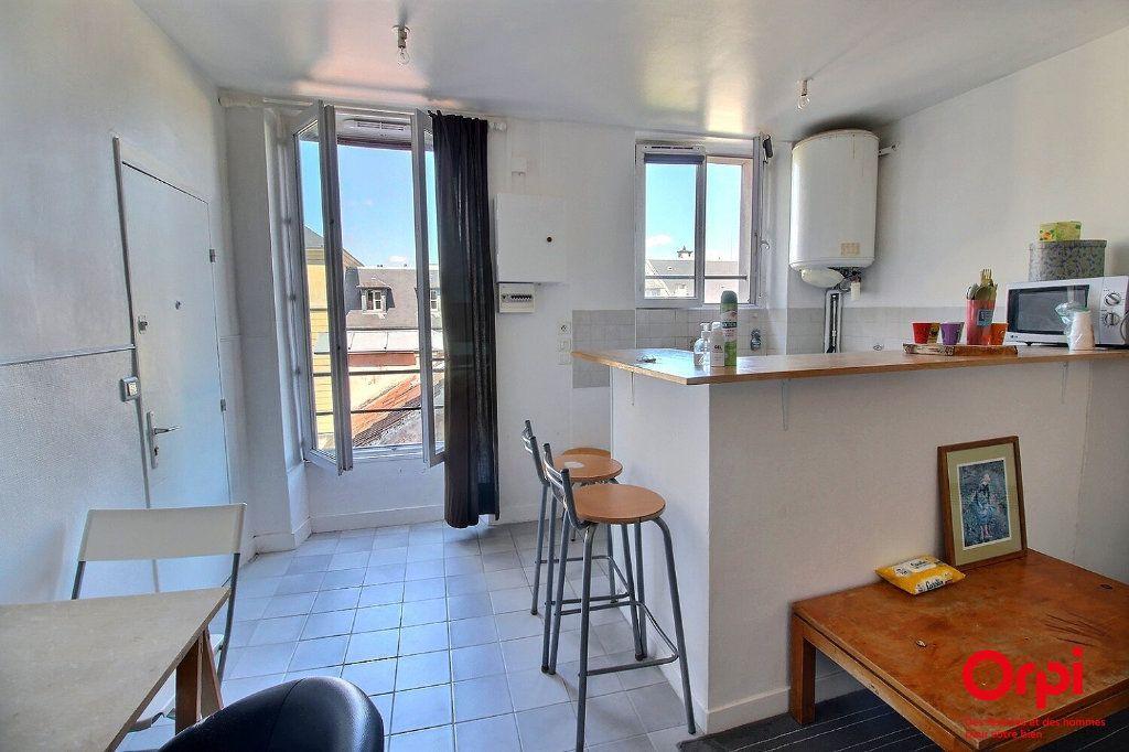 Appartement à vendre 1 20.71m2 à Versailles vignette-1