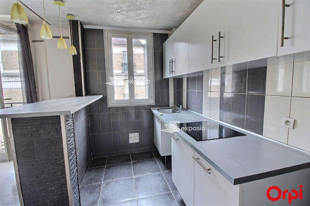 Appartement à louer 2 35m2 à Clichy vignette-3
