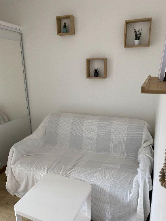 Appartement à louer 1 12m2 à Clichy vignette-1