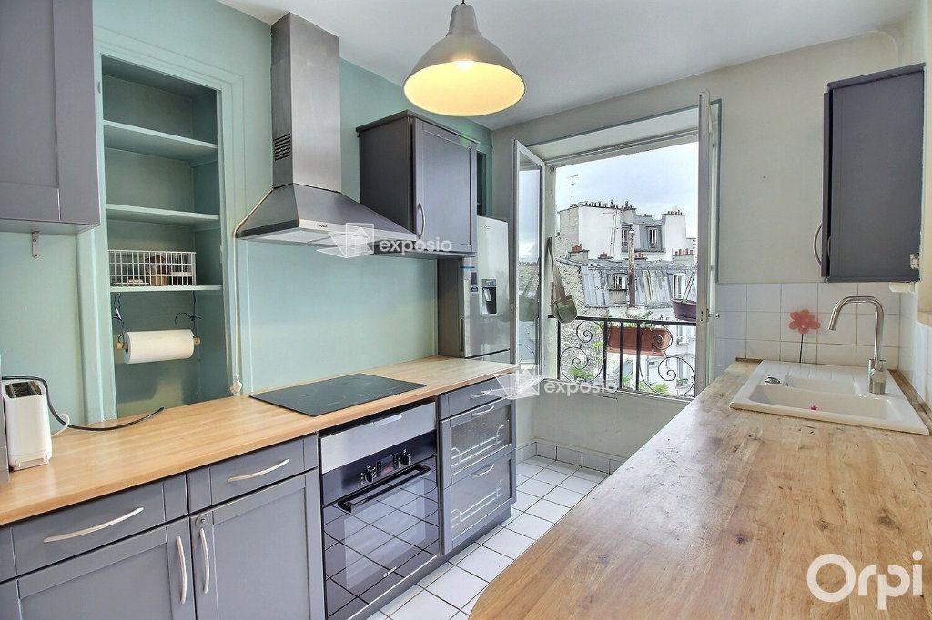 Appartement à louer 3 68.23m2 à Paris 17 vignette-2