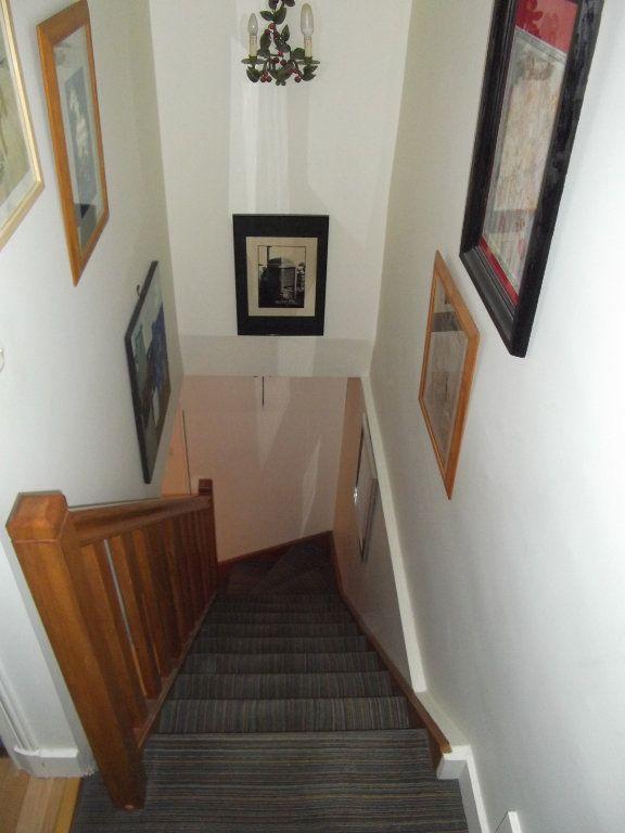 Appartement à vendre 2 44m2 à Paris 17 vignette-1