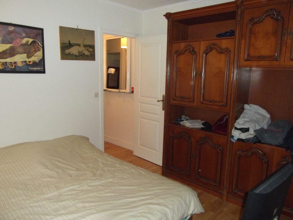 Appartement à vendre 2 44m2 à Paris 17 vignette-4