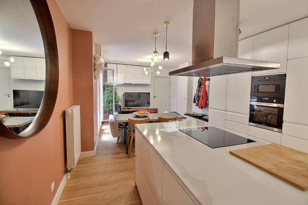 Appartement à louer 3 63.08m2 à Clichy vignette-4