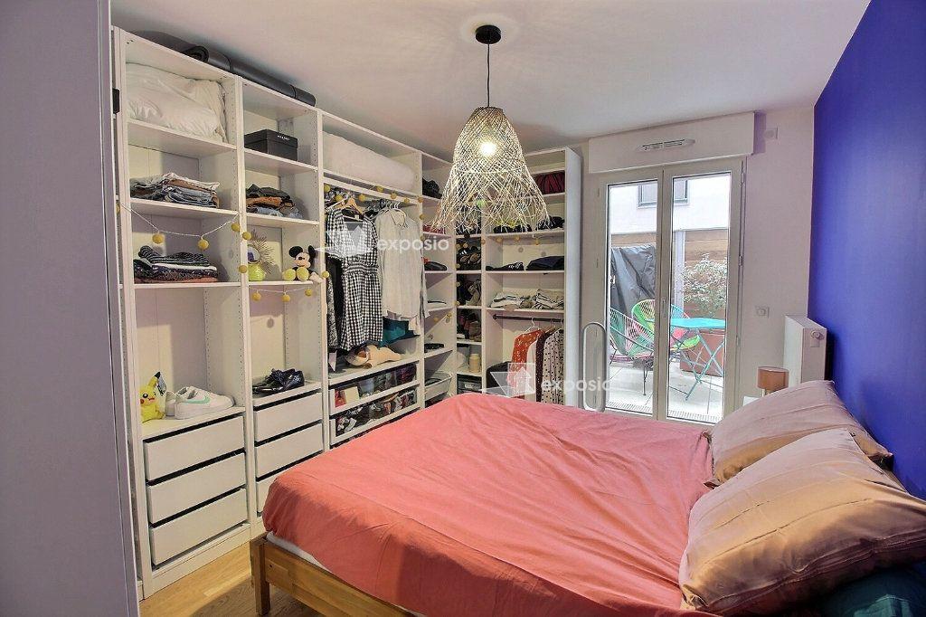 Appartement à louer 3 63.08m2 à Clichy vignette-5