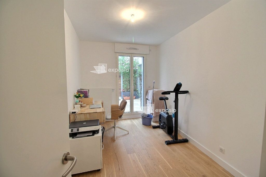 Appartement à louer 3 63.08m2 à Clichy vignette-9