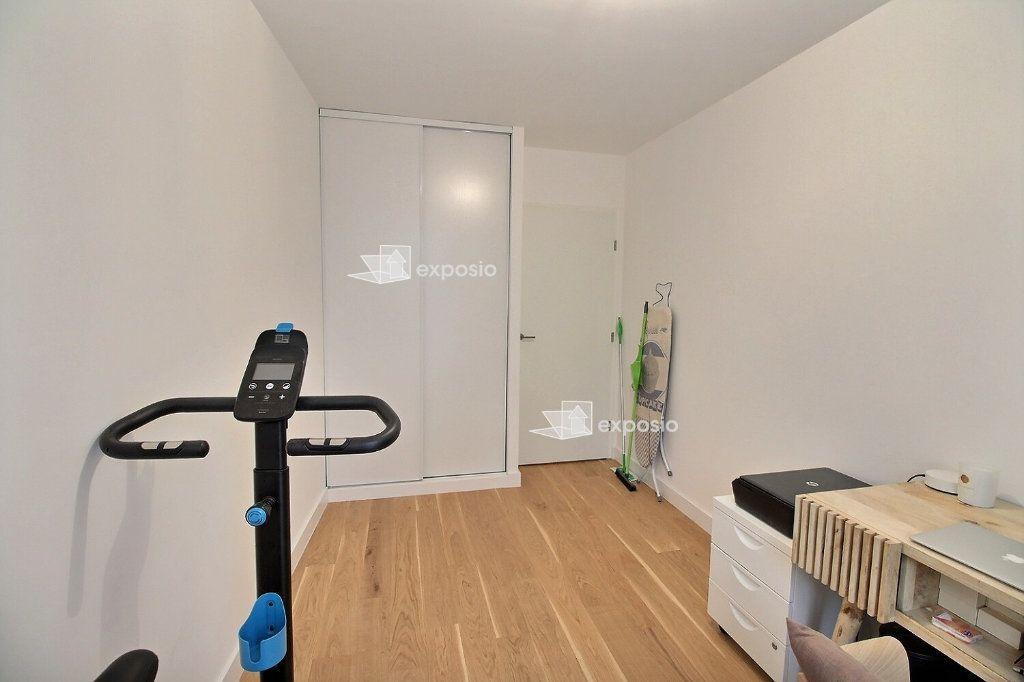 Appartement à louer 3 63.08m2 à Clichy vignette-10
