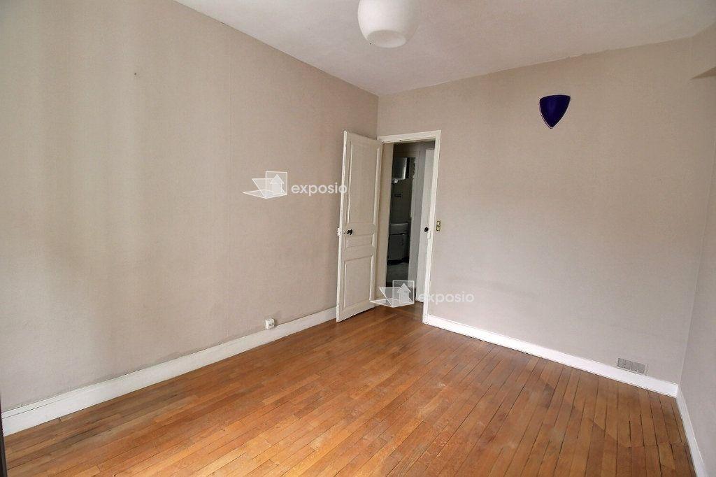 Appartement à louer 2 33.15m2 à Levallois-Perret vignette-4