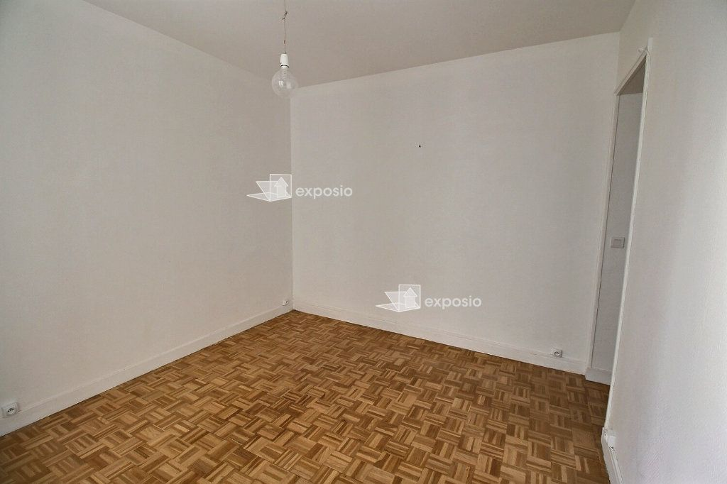 Appartement à louer 2 38m2 à Paris 17 vignette-3
