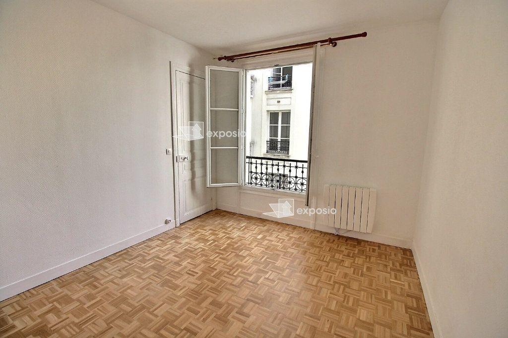 Appartement à louer 2 38m2 à Paris 17 vignette-6