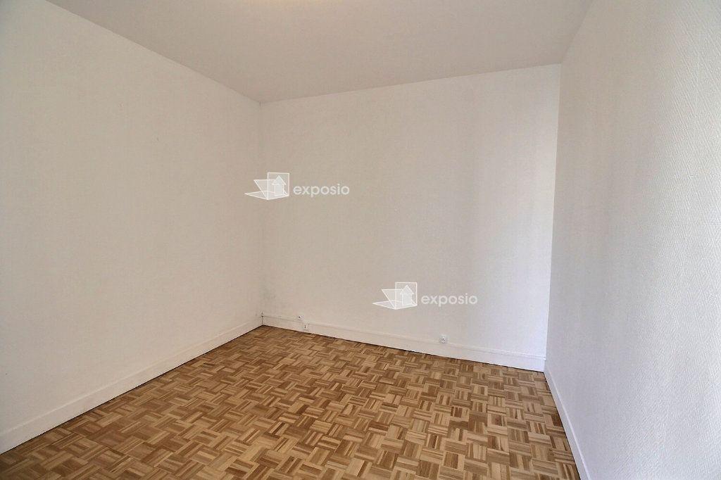 Appartement à louer 2 38m2 à Paris 17 vignette-7