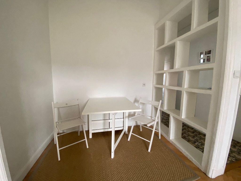Appartement à louer 1 29m2 à Nice vignette-5